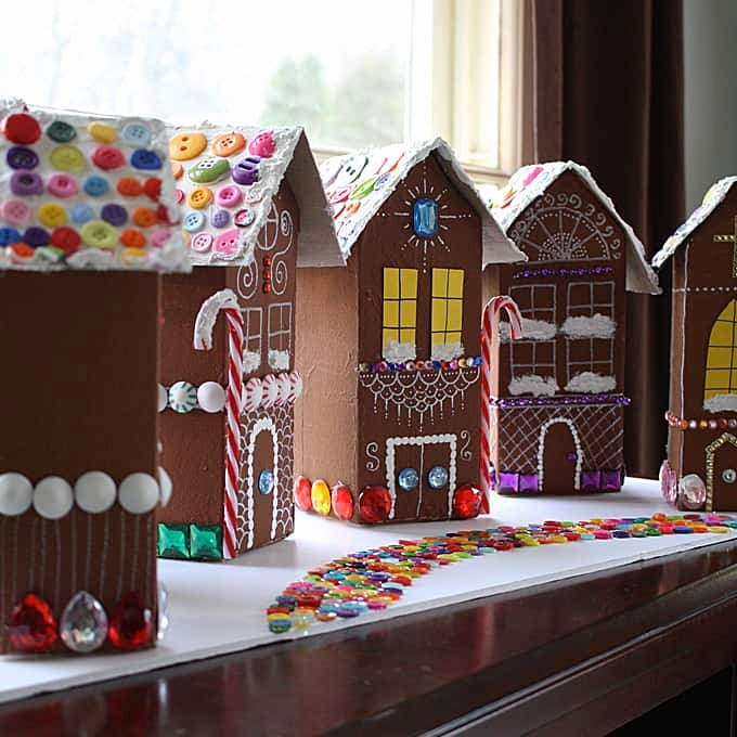 Cardboard Gingerbread House Luxury 12 Clever Ways to Make A Gingerbread House