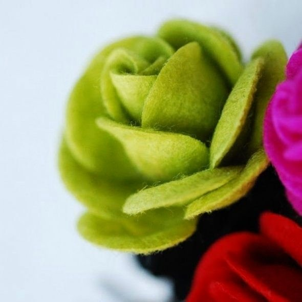 Felt Rose Pattern Lovely How to Make Felt Roses Tutorials and Patterns