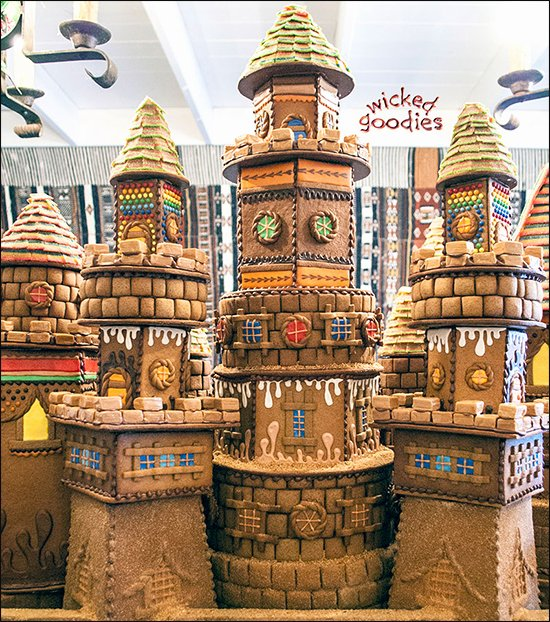 Gingerbread Castle Template Beautiful Giant Gingerbread Sandcastle