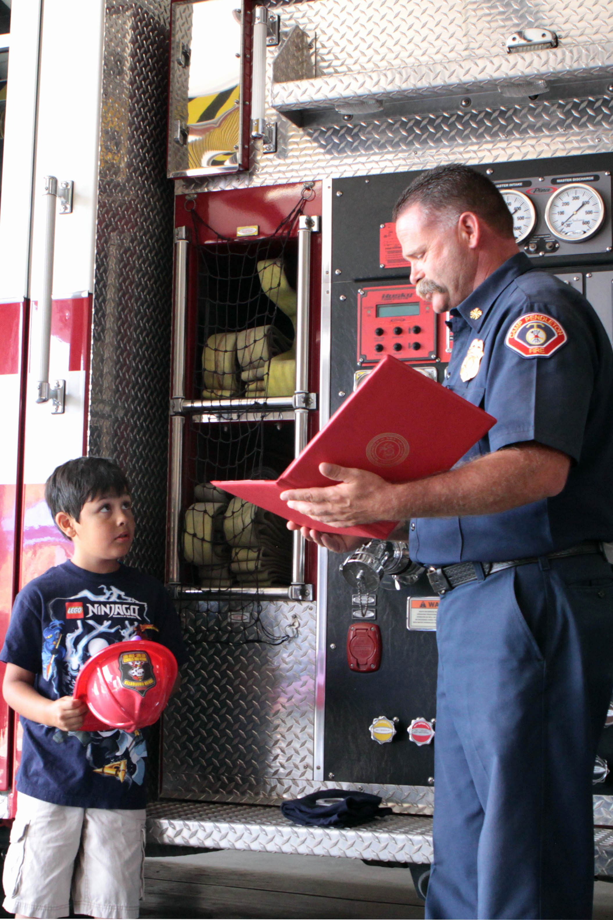 Honorary Firefighter Certificate Lovely Child Recognized as Camp Pendleton S Honorary Firefighter