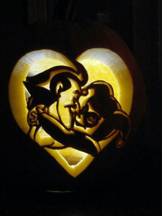 Joker Pumpkin Carving Stencils Awesome Harley Quinn Joker Mad Love Pumpkin Mad Love