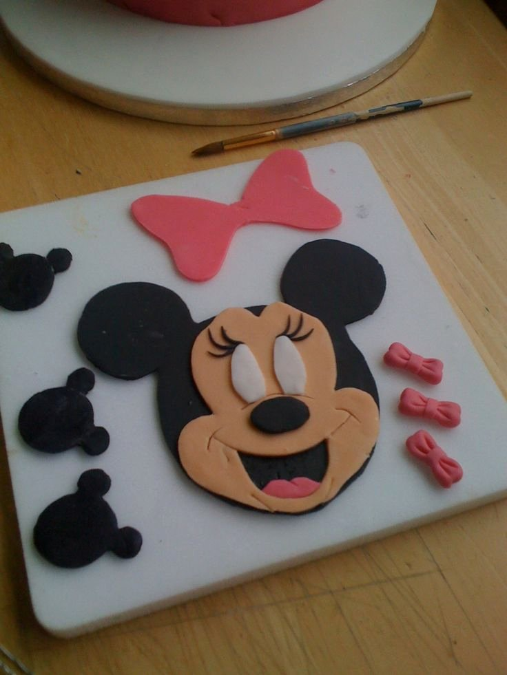 Mickey Mouse Cake Template Free Beautiful 23 Best Minnie Mouse Birthday Party Images On Pinterest