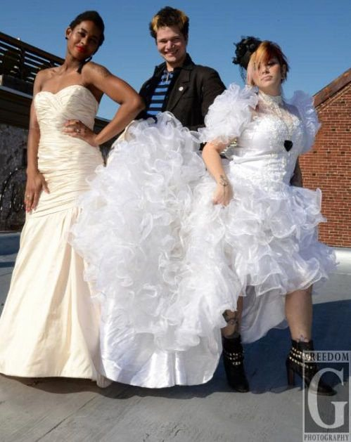 Roomstore Credit Card Log In Awesome Shop Vintage Designer Gowns at Philly Aids Thrift S