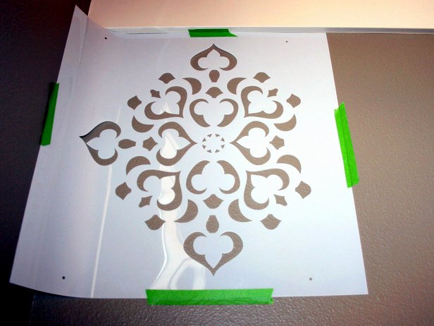 Stencil Templates for Painting Lovely Motif Mural Painting Itself – An Idea with Paint and